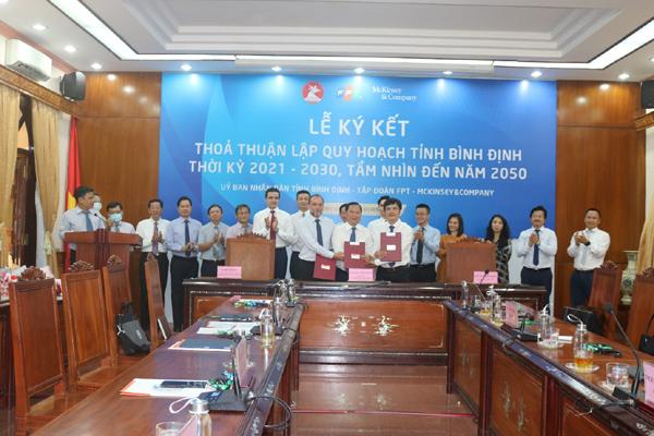 Ký kết thỏa thuận lập quy hoạch tỉnh Bình Định giai đoạn 2021-2030