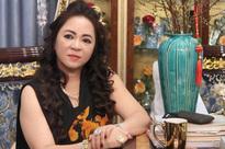 Bà Phương Hằng: Giới nghệ sĩ có ngon thì kéo tới Đại Nam, tôi đóng cửa lại đánh cho