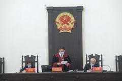 Tòa án tạm dừng xét xử ở địa phương thực hiện cách ly xã hội