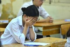 Phụ huynh Hà Nội 'nháo nhào' vì lịch thi vào lớp 10 chuyên trùng nhau