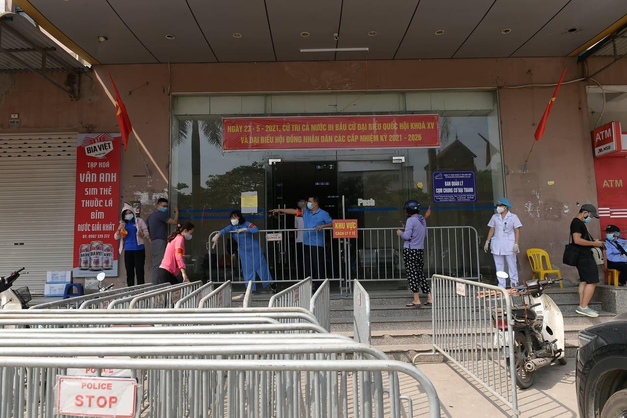Hà Nội phong tỏa tòa nhà 32 tầng chung cư Đại Thanh
