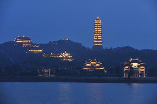 Ninh Binh – a tourist magnet