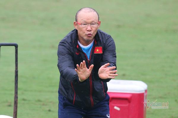 BLV Quang Huy: 'Hãy tin vào lựa chọn của thầy Park'