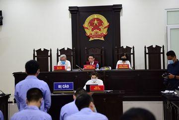 Cựu thanh tra giao thông Hà Nội khai, nhận hối lộ vì 'hoàn cảnh xô đẩy'