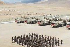 Trung Quốc triển khai pháo phản lực cải tiến sát Ấn Độ
