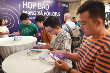Vietnamese smartphone usage spent mostly on Facebook