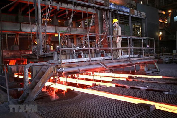 Govt orders stabilizing surging steel prices