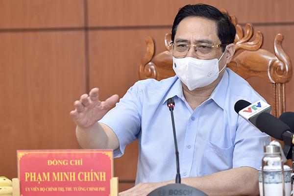 Thủ tướng yêu cầu tỉnh táo, sáng tạo, kiên trì trong phòng chống dịch Covid-19