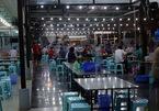 Một số quán bia vẫn tấp nập khách sau lệnh cấm của Hà Nội