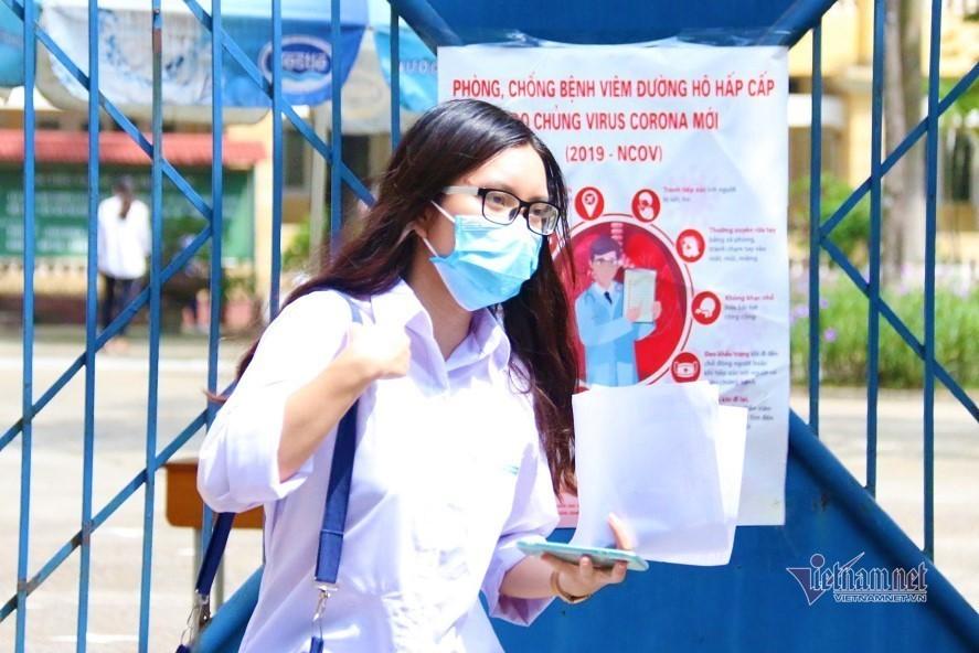 Hà Nội cho học sinh nghỉ hè sớm, hoãn thi học kỳ II