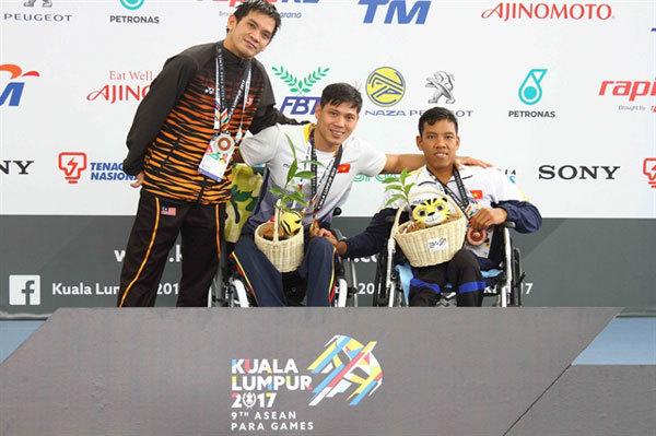 Swimmer Tung aims to shine at Paralympics