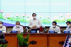 Thủ tướng: TP.HCM phải chuyển từ chống đỡ sang tấn công mạnh mẽ trên mọi lĩnh vực
