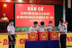 Ba Ria – Vung Tau holds early voting for officers, soldiers on offshore station