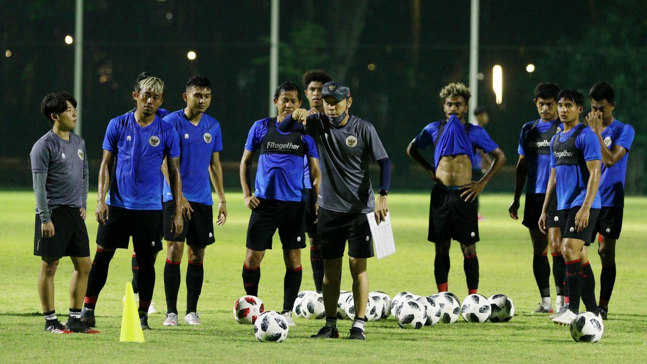 HLV trưởng Indonesia đặt mục tiêu thắng tuyển Việt Nam
