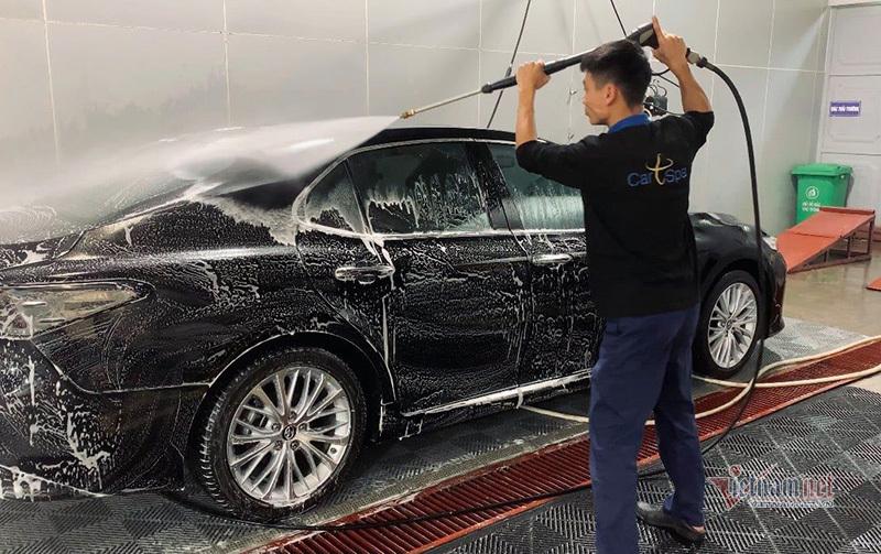Ô tô han gỉ chỉ vì ông chủ quá chăm rửa xe