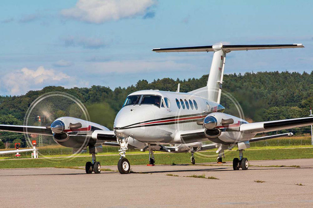 Thêm một hãng bay 'gãy cánh', thị trường hàng không chung bị 'trói cánh'