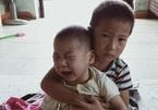 Con lớn mắc bệnh tim, con út động kinh, mẹ nghèo tuyệt vọng