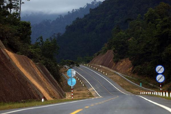expressway,vietnam transport infrastructure