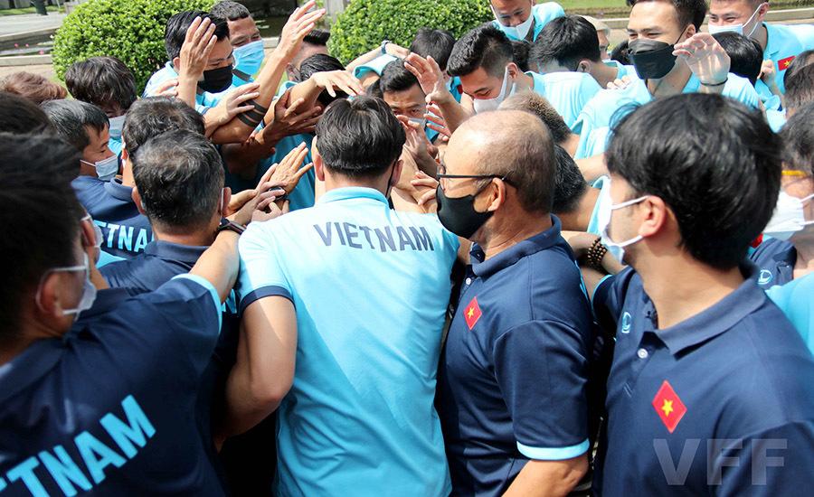 Tuyển Việt Nam làm điều đặc biệt trong ngày thầy Park cho nghỉ tập