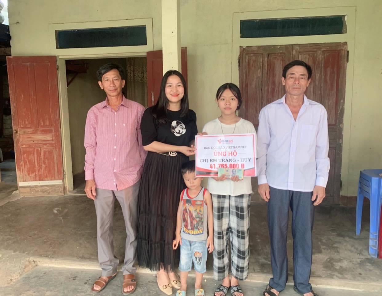 Hai chị em mồ côi Trang - Huy được bạn đọc ủng hộ hơn 41 triệu đồng