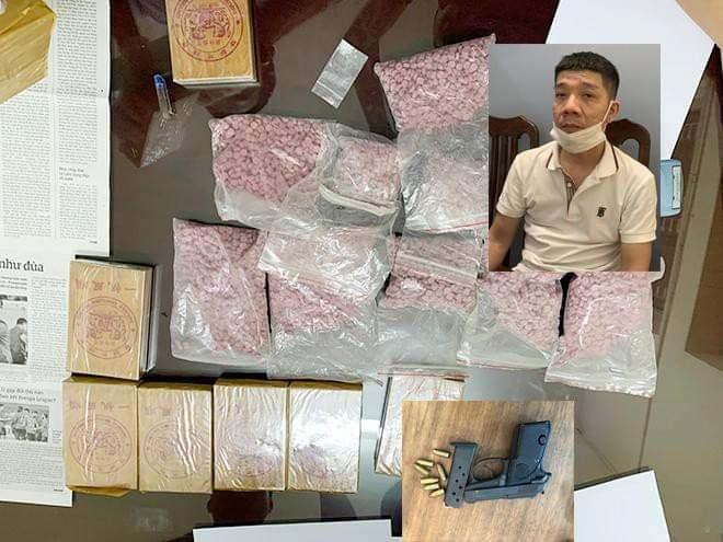 Trang bị súng ngắn điều hành đường dây ma túy ở Hà Nội