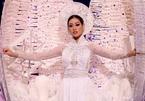 Giám khảo Miss Universe 2020 bật cười khi phỏng vấn Khánh Vân