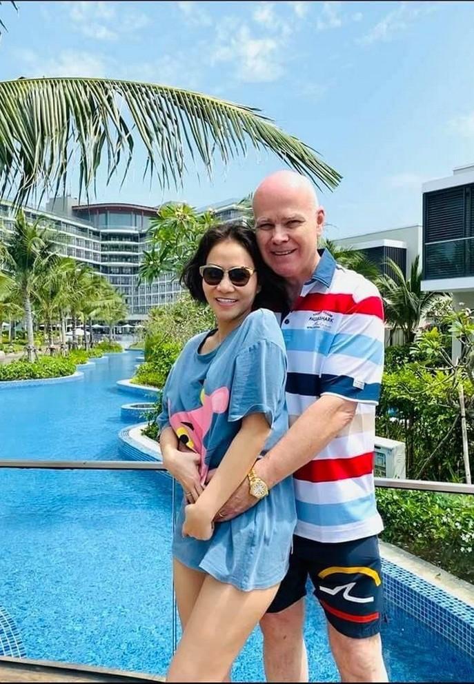 Cuộc sống của Thu Minh bên chồng đại gia tại Singapore