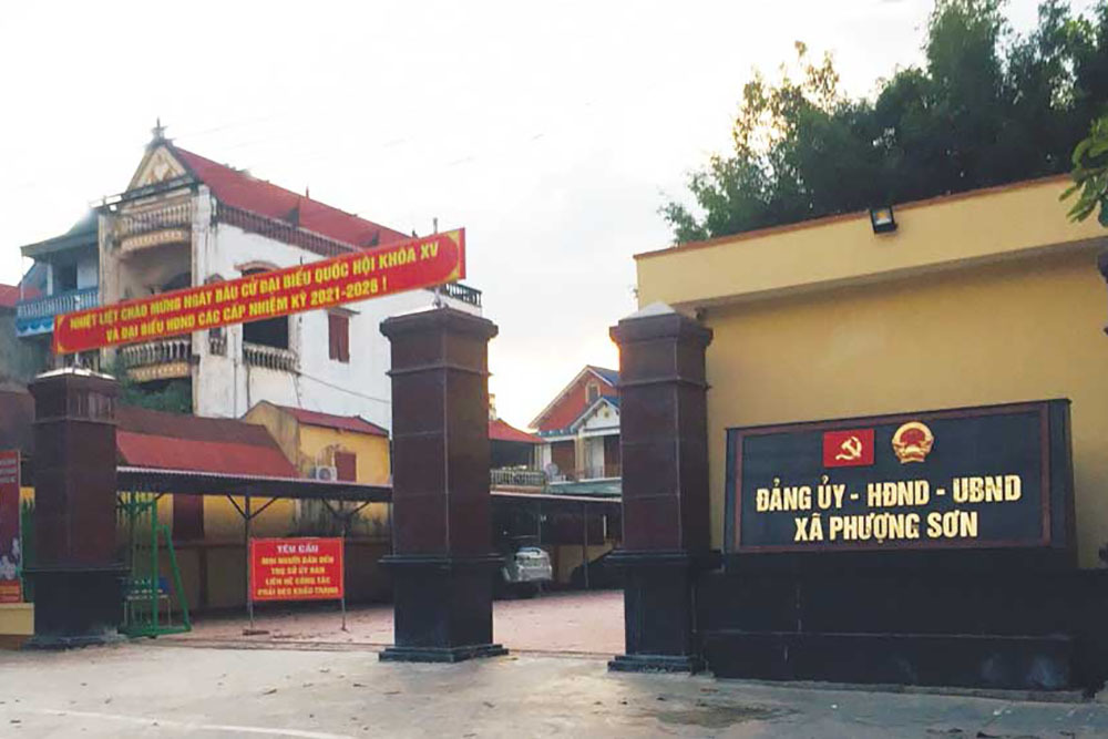 Chủ tịch xã ở Bắc Giang bị đình chỉ để tập trung làm duy nhất việc chống dịch