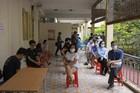 'Thần tốc' xét nghiệm Covid-19 cho hàng nghìn người Hà Nội về từ Đà Nẵng