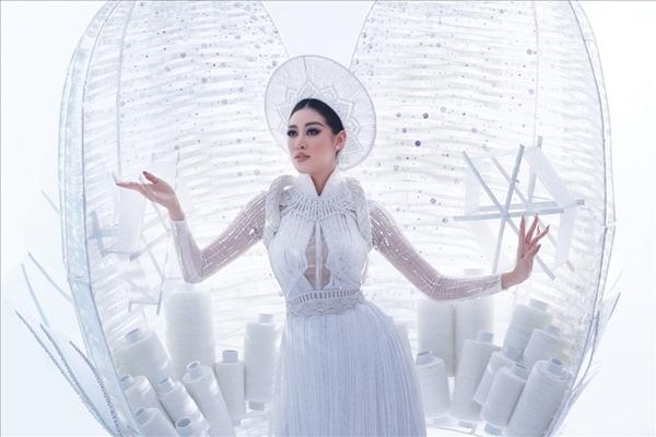 Khánh Vân sụt cân trước đêm chung kết Miss Universe 2020