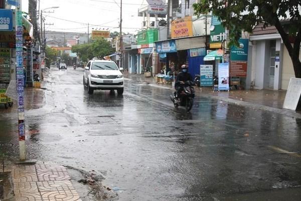 Dự báo thời tiết 17/5, miền Bắc hạ nhiệt, mưa giông nhiều nơi