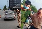 Bắt tên cướp taxi trên đường Cienco 5 ở Hà Nội