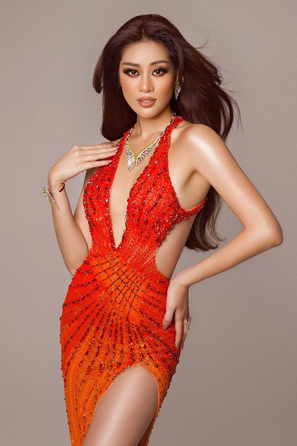 Khánh Vân bị bỏng ngay trước chung kết Miss Universe 2020
