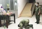 Mẹ mất đột ngột, chiến sĩ nén đau thương ở đơn vị làm nhiệm vụ chống dịch