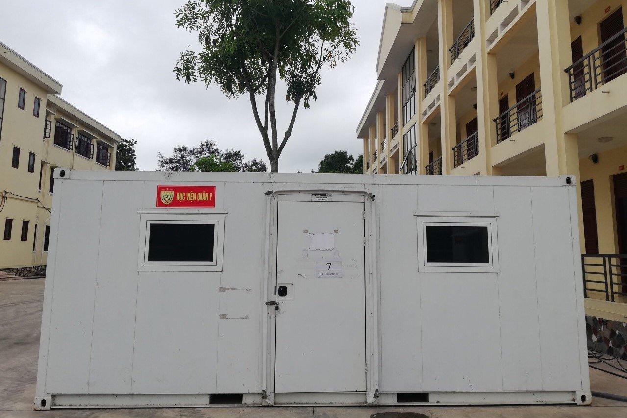 Thần tốc dựng trung tâm xét nghiệm dã chiến sau một đêm ở Bắc Giang