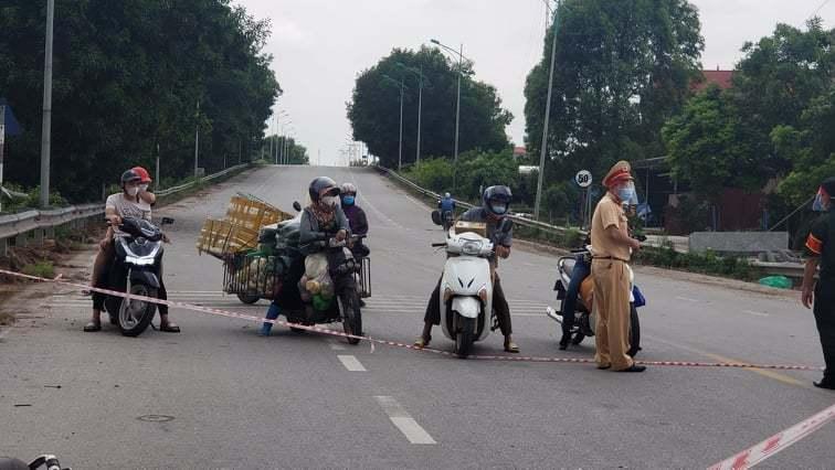 Lập chốt kiểm soát chặn người Bắc Giang qua lại Bắc Ninh