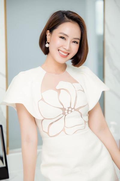 Hồng Diễm - Lương Thu Trang: Ai đẹp hơn?