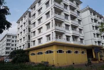 Multi-billion VND apartment buildings unoccupied in central Hanoi