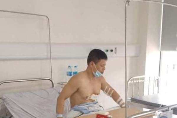 Tài xế taxi bị cướp ở Hà Nội: Nếu không chống trả, tôi bị đâm chết rồi