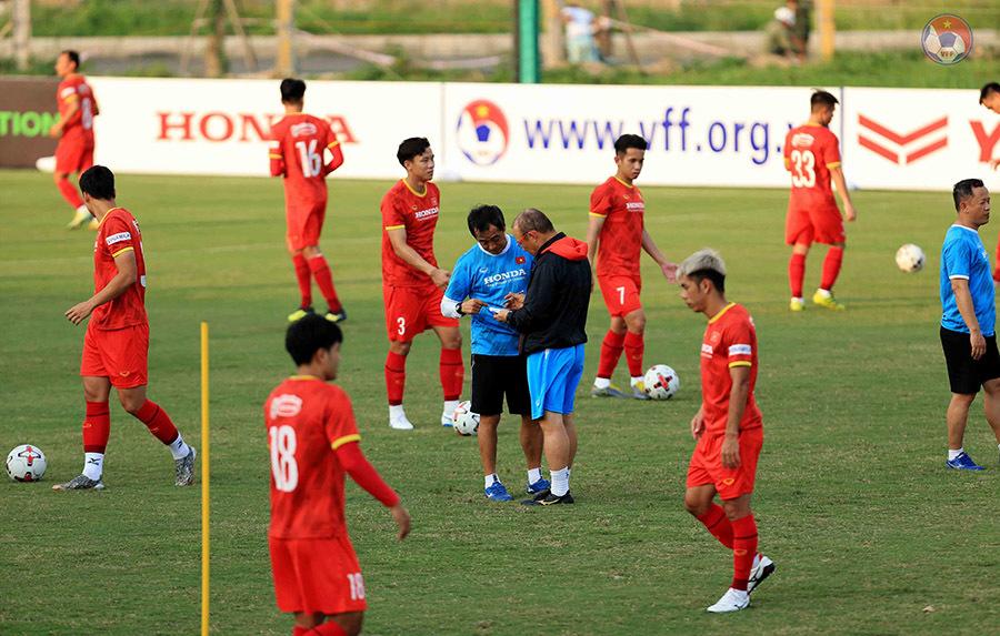 Thầy Park chốt danh sách đi UAE: Không bất ngờ nhưng... khó hiểu