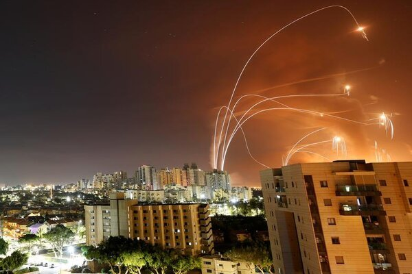 Lebanon phóng tên lửa, Israel nã pháo đáp trả