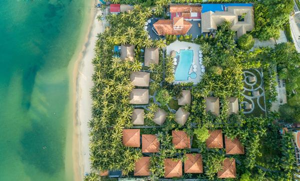 Đắm mình trong không gian nghỉ dưỡng xanh mát ở đảo Ngọc