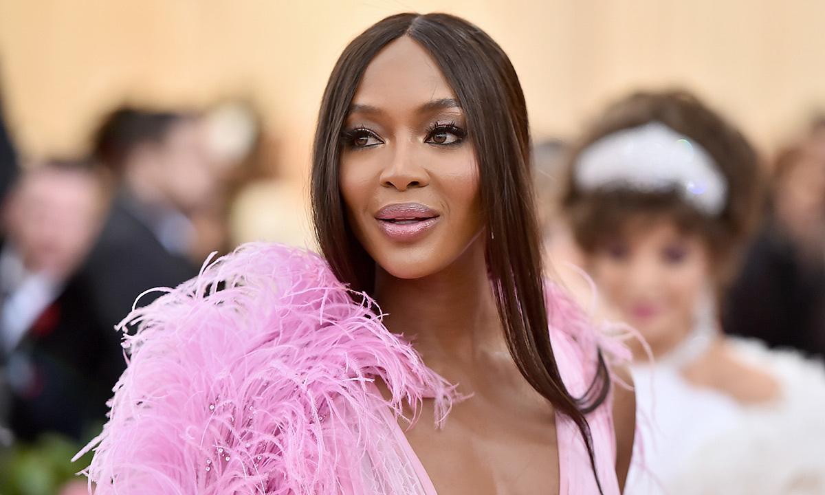 Siêu mẫu Naomi Campbell có con đầu lòng ở tuổi 51