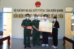 Quỹ Từ thiện Kim Oanh tiếp sức Đồn biên phòng Hà Tiên chống dịch