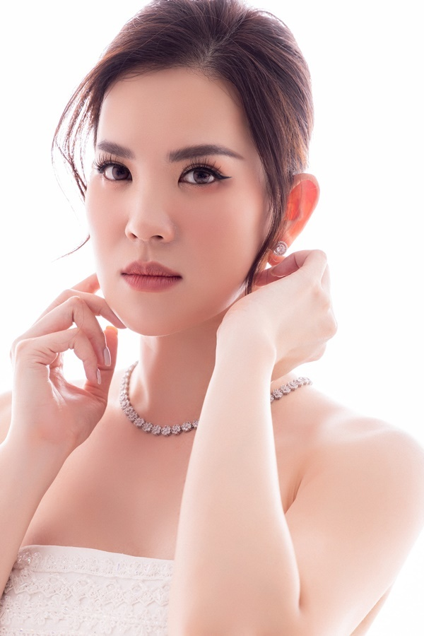 Hoa hậu Mai Phương hội ngộ 2 á hậu sau gần 20 năm đăng quang
