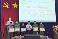 Bộ Công an gửi thư khen thượng úy dũng cảm cứu tài sản người dân trong vụ cháy