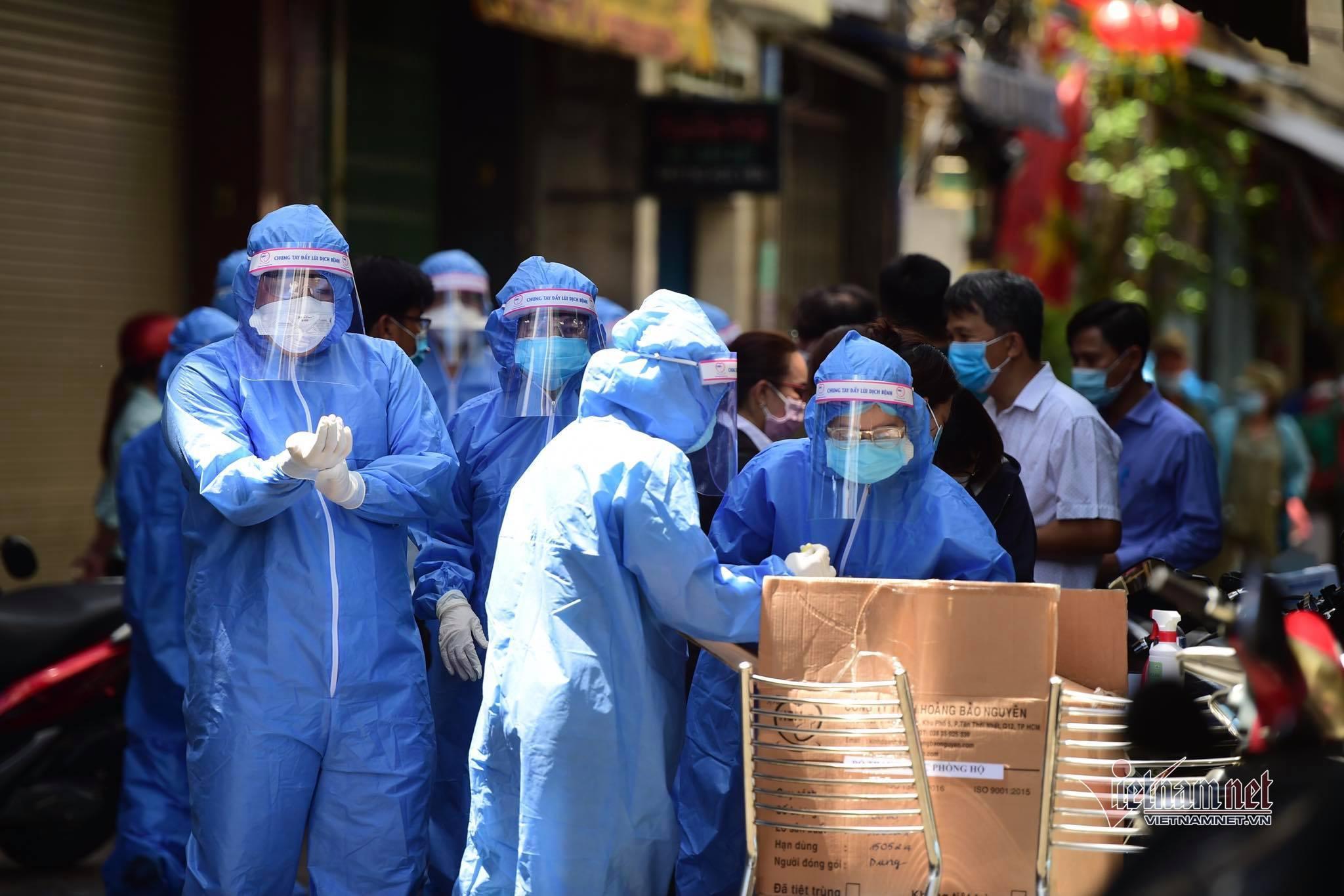 TP.HCM phong tỏa hẻm ở quận 3 liên quan ca nghi nhiễm Covid-19