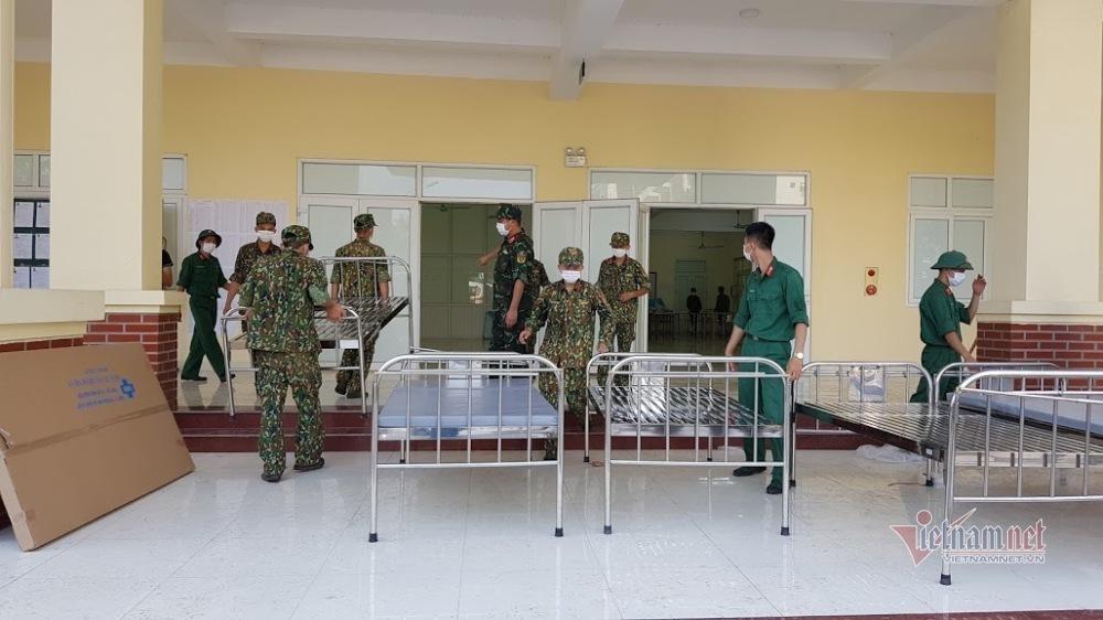 Bắc Giang thiết lập 3.000 giường bệnh, thêm nhân viên y tế về hưu chống dịch