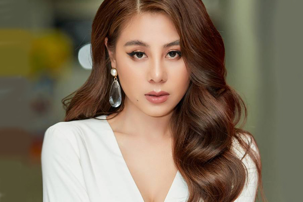 Diễn viên Nam Thư xin lỗi vì quảng cáo tiền ảo