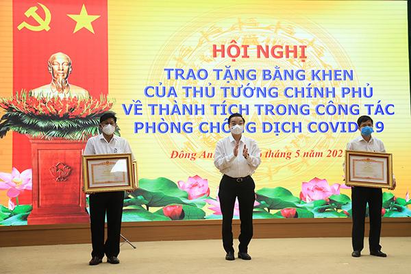 Hà Nội: Kịp thời khen thưởng, xử lý nghiêm minh trong phòng chống Covid-19
